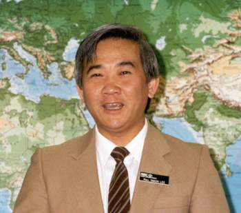 Rev. Simon Lee (c.1991) - FEBCanada's director of Chinese ministries from 1991-95.